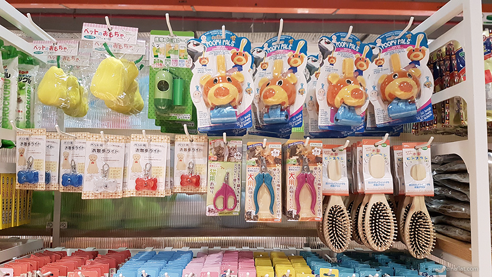 Ang mo kio $2 shop pet toys and accessories
